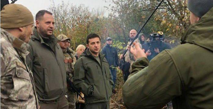 У Зеленського опублікували сюжет про його візит на Донбас. ВІДЕО