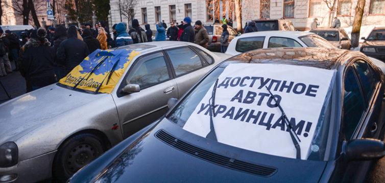 """""""Авто Євро Сила"""" розблокувала дороги держзначення – Укравтодор"""