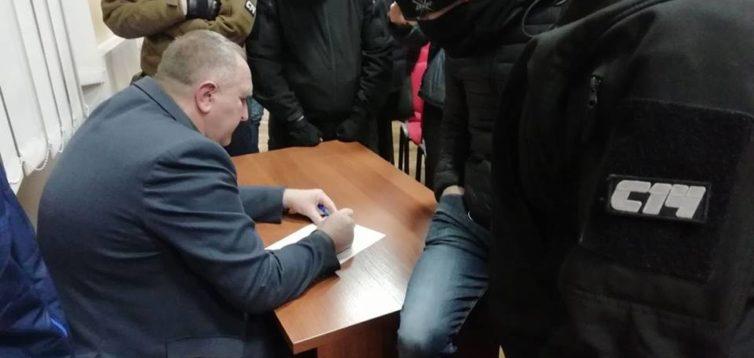 В Дніпрі сепаратист став головою окружної виборчої комісії : С14 виправило помилку