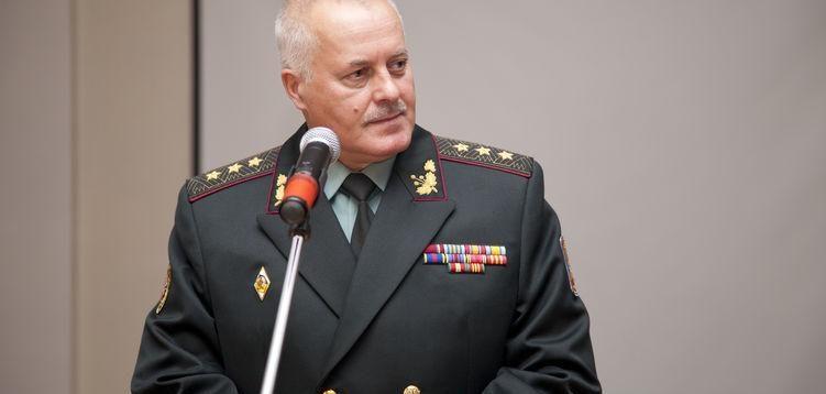 ЗМІ: За підозрою в держзраді затримано екс-голову Генштабу ЗСУ