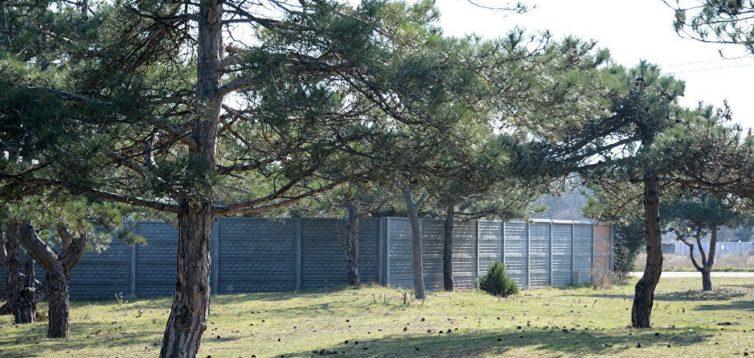У Криму окупанти будують котеджі на могилах радянських солдатів. ФОТО