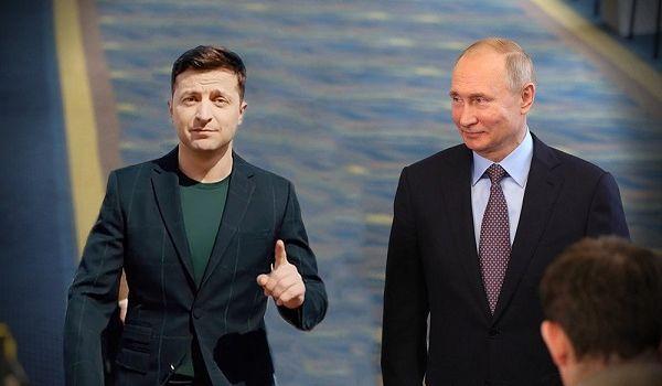 Зеленський заявив, що у нього є відповідь на путінські паспорти
