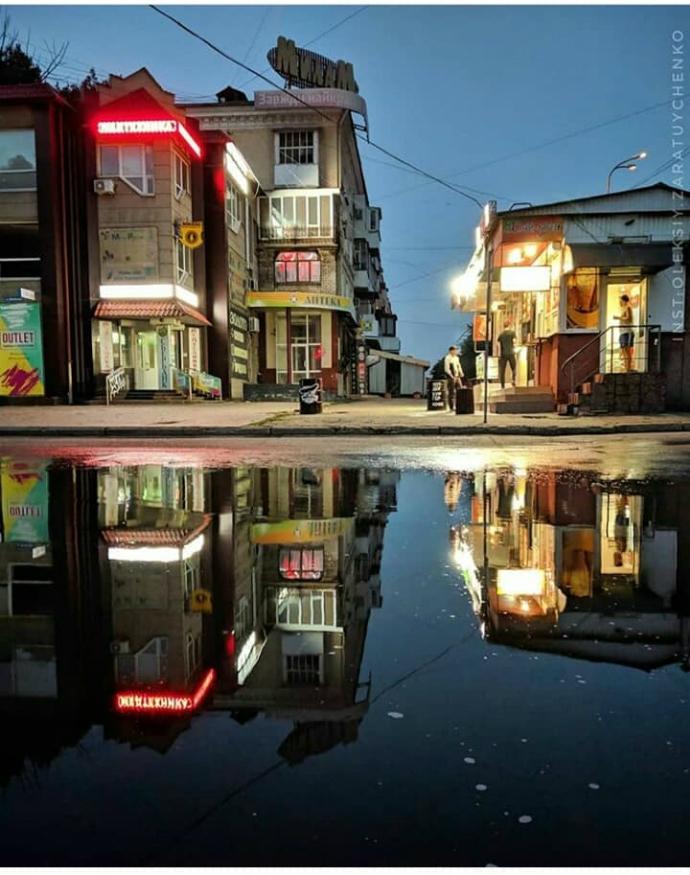 Місто-привид: як виглядає Луганськ в окупації. ФОТО.
