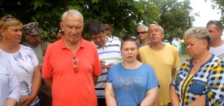 Кримчани, які півроку не отримують зарплату, звернулися до Путіна. ВІДЕО