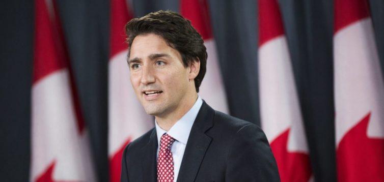 Канада вирішила розпочати поставки зброї і бронетехніки в Україну