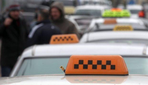 На Київщині таксист поставив на місце фанатку Путіна з Донецька