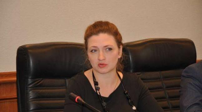 """Коробкова заявила, що її вигнали з """"Слуги народу"""" через принципову позицію щодо Приватбанку"""