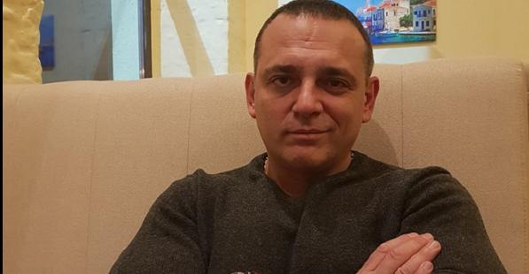 Одіозний депутат від СН образив журналістку за незручне питання Разумкову