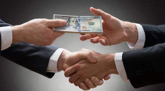 У Зеленського обіцяють платити за інформацію про корупційні схеми