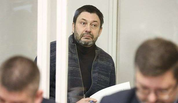 Суд звільнив з-під варти керівника «РИА Новости Україна» Вишинського