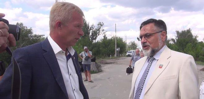 """В СБУ пояснили, чому в Станиці Луганській не заарештували """"парламентарів"""" """"ЛНР"""""""