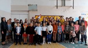 Школярі та вчителі миколаївської школи поскаржилися Зеленському на місцеву владу. ВІДЕО