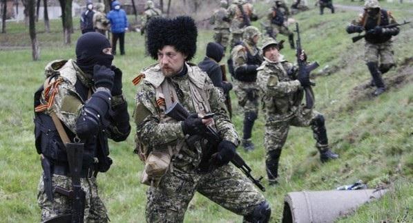 """Росія почала перекидати на Донбас спецназ та """"козацькі формування"""""""