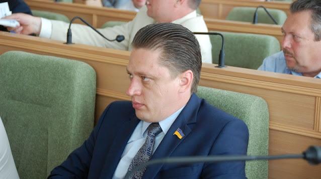 """ЗМІ: депутат від """"Слуги народу"""" відсидів термін за зґвалтування неповнолітньої. ФОТОДОКАЗ"""