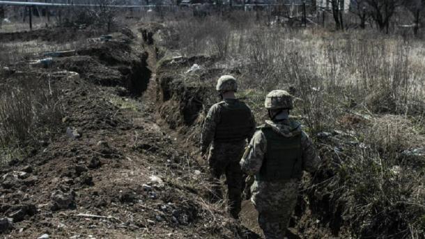 Російська армія атакувала українських військових зі своєї території