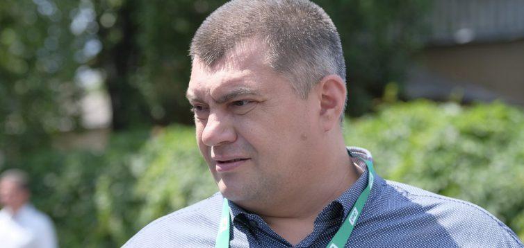 """У мережі з'явився запис, як """"Слуга народу"""" Корявченков """"вирішує питання"""" з поліцією. ВІДЕО"""