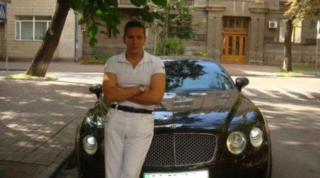 """Чорноморську митницю може очолити """"мажор"""", який любить автомобілі Bentley та яхти"""