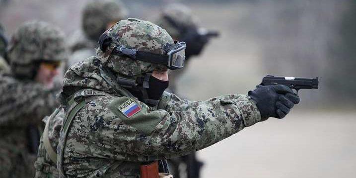 """""""Цена ошибки"""": блогер объяснил, почему """"мир"""" на условиях Кремля приведет к бомбежкам Киева"""
