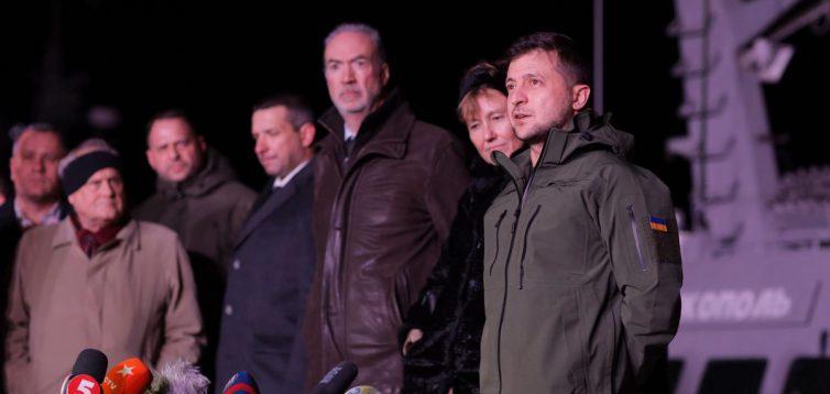 Зеленський під час зустрічі кораблів в Очакові пообіцяв відродити українське суднобудування