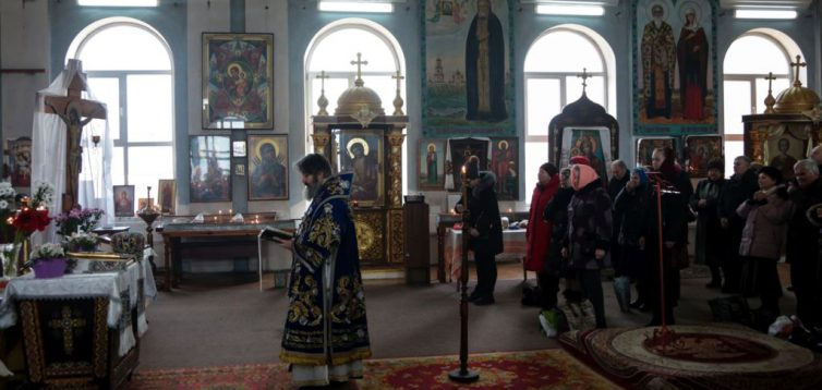 Российский суд постановил изгнать священников ПЦУ из храма в Симферополе