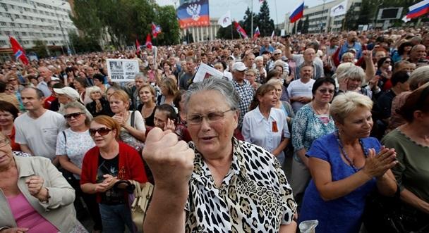 """У """"Слузі народу"""" заявили, що пенсіонери ОРДЛО і Криму отримуватимуть дві пенсії"""