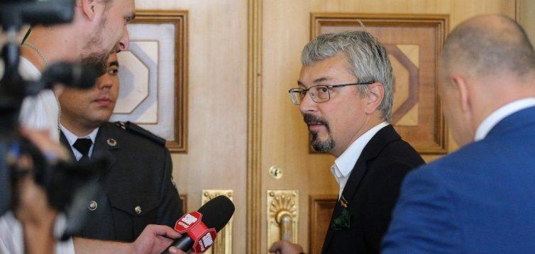 """""""Слуга народу"""" Ткаченко звинуватив СБУ в утисках свободи слова"""