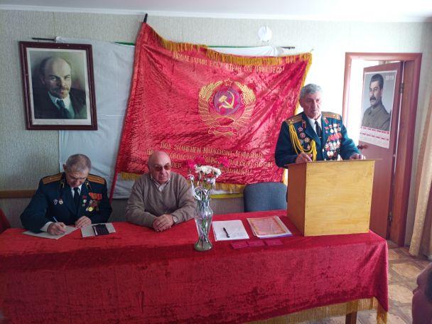 З Леніним та Сталіним: комуністи похвастались, що знову можуть влаштовувати шабаші в Україні. ФОТО