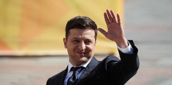 Влада ухайдохала економіку та розпродала всі маски, а тепер звозить заражених людей, – Розенко