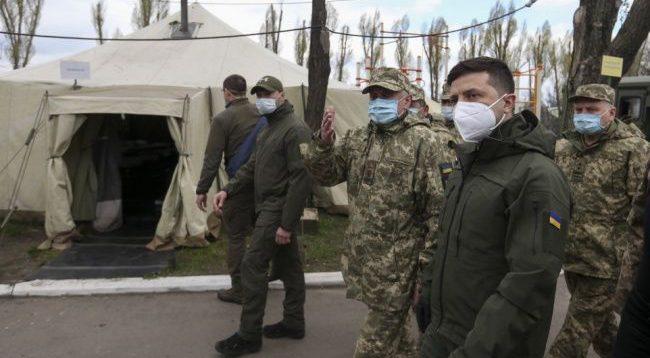 Зеленский после визита на Донбасс заявил, что у него «усилилось желание поскорее закончить войну»