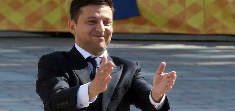 """Депутати ухвалили """"банківський закон"""", Зеленський сподівається на транш"""