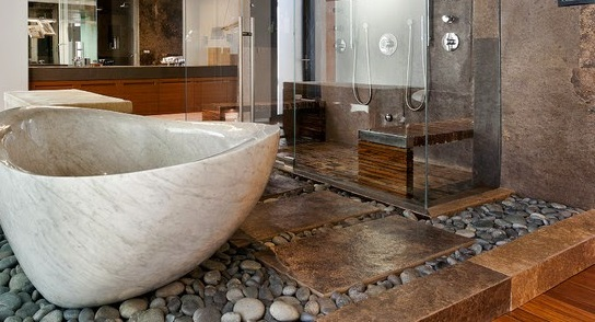 Какими особенностями обладает ванна из искусственного камня