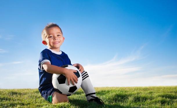 Як вибрати дитячу футбольну форму
