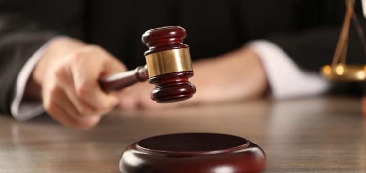 Люстрованого прокурора Андрєєва повертають на посаду і виплатять йому компенсацію