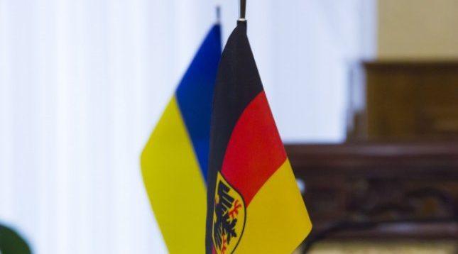 Німеччина, за розпродаж озброєння, погрожує Міноборони України санкціями