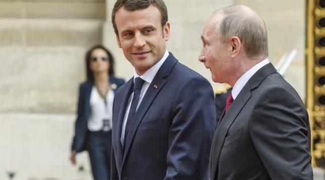Кулеба: Путін з Макроном обговорять питання безпеки України