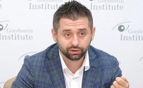 """""""Слуги народу"""" хочуть, щоб Аваков перед ними окремо відзвітував"""