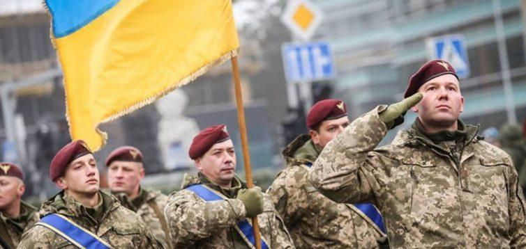 Гайдукевич: Зеленський скасовує українські знаки розрізнення ЗСУ