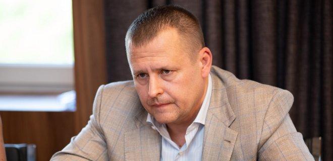 До мерії Дніпра увірвались силовики з обшуками, доки Філатов презентує партію в Києві