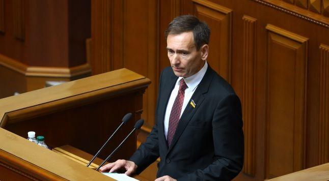У Зеленського заявили про необхідність окремого закону для російської мови