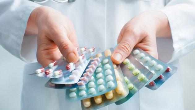 Через зрив МОЗ закупівлі ліків вже померло 5 людей