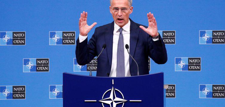 НАТО: Россия и Китай использовали пандемию для распространения пропаганды