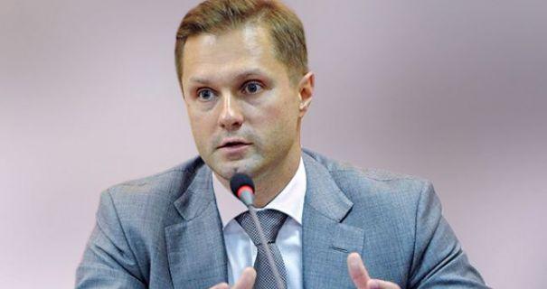 Зеленський примусив звільнитись голову АМКУ за оштрафованого через схеми тютюнового монополіста