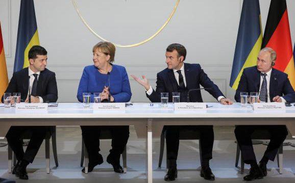 В Кремлі заявили про готовність Росії до виходу України з Мінських угод