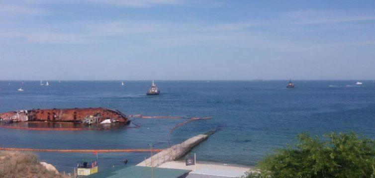 Судновласник розповів, чому не вдалося підняти танкер Delfi