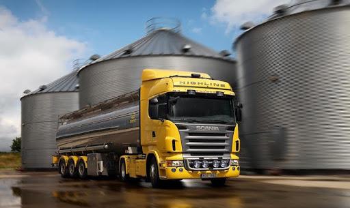 Перевезення небезпечних вантажів при оптовій торгівлі пальним