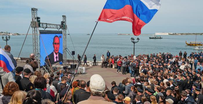 Росія подарувала Кадирову частину Криму