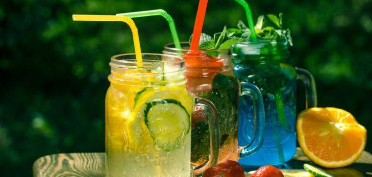 Відомо, які напої найкраще втамовують спрагу: і це не вода