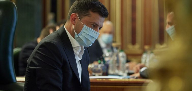 Зеленський дав високу держпосаду дружині свого спонсора