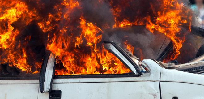 """""""Слуга народу"""" Гео Лерос повідомив про підпал його авто"""