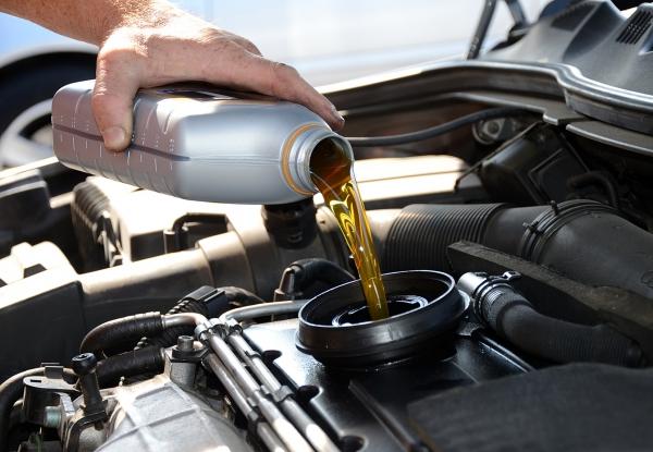 Замена масла во всех видах двигателей в Киеве и области